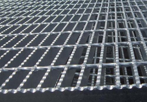 烟台格栅板厂的钢格栅特点与类型