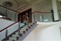 楼梯的扶手栏杆怎么计算