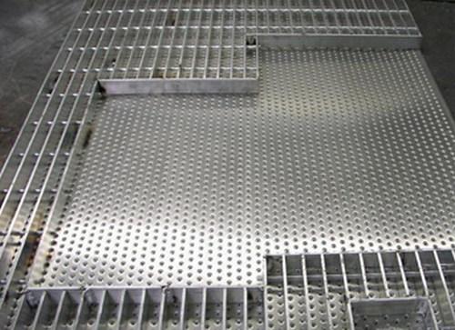 复合钢格板有哪些优势